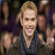 Model Rambut Pria Untuk Wajah Bulat - Asimetris