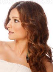 Gaya Rambut Untuk Wajah Bulat Elegant Updo Panjang