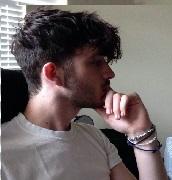Model Rambut Pria Untuk Wajah Bulat - Bob Fringe