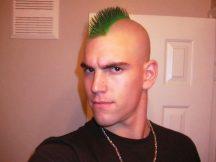 model rambut mohawk - Mohawk Pendek