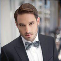 cara menata rambut pria Model Gaya Rambut Belah Samping (Untuk Acara Formal)