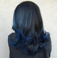 Model rambut deep blue bob