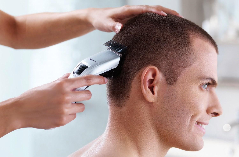 20 Cara Menggunakan Clipper Rambut Listrik yang Tepat dan Aman -  GayaRambut.co.id bc16a5e7b1