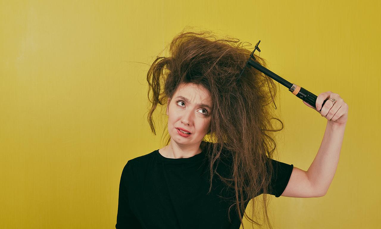 15 Penyebab Rambut Kaku dan Susah Diatur yang Wajib Anda Waspadai -  GayaRambut.co.id 978cbb647b