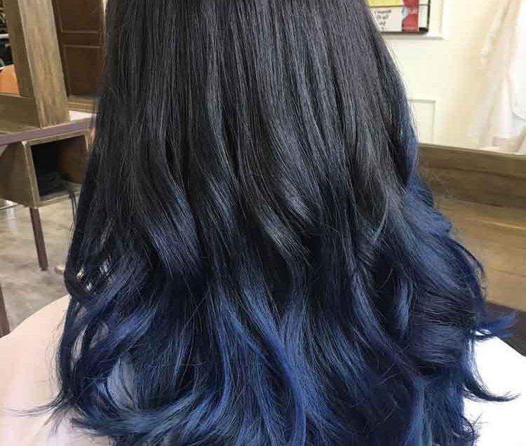 20 Cara Mewarnai Rambut Blue Black yang Mudah Dicoba Sendiri