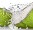 4 Khasiat Dan Cara Pakai Air Kelapa Untuk Perawatan Rambut Secara Alami