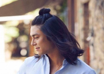 7 Model Rambut Panjang Untuk Pria Paling Keren 2019